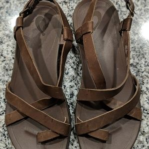 Olukai Upena Sandals